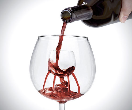 aerating-wine-glass
