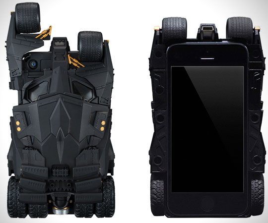 batmobile-iphone-case