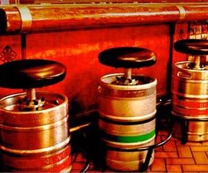 beer-keg-stool