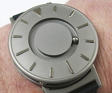 bradley-magnetic-wristwatch