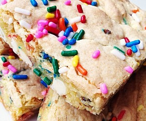 Cake Batter Blondie Brownies