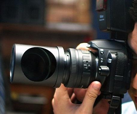 camera-spy-lens