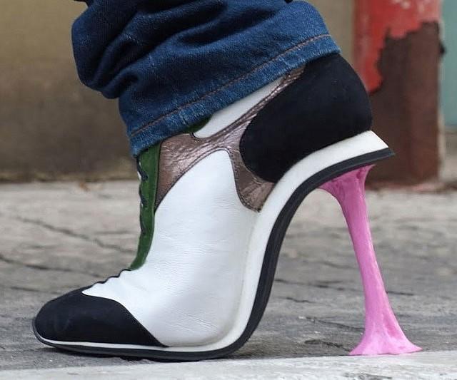 chewing-gum-heels