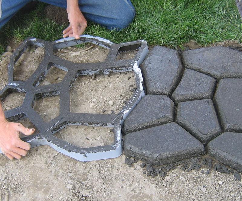 cobblestone-forming-mold