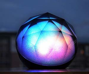 color-changing-wireless-speaker