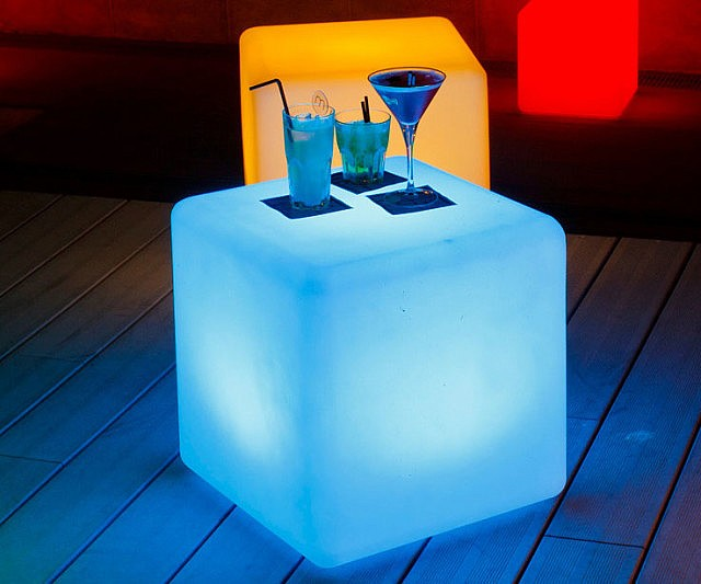 cordless-led-lamp-cube