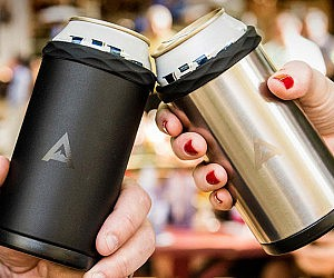 corkcicle-double-walled-vacuum-insulated-stainless-steel-drink-koozie