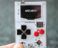 credit-card-size-game-system-arduboy