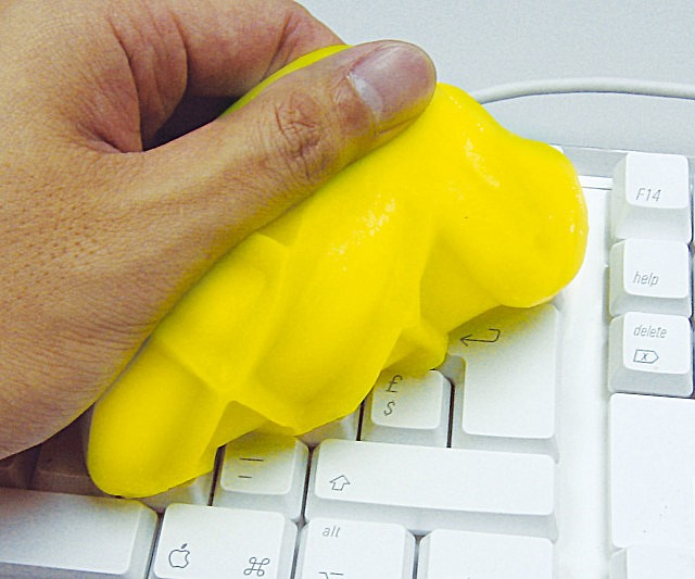 cyber-clean-electronics-cleaning-putty