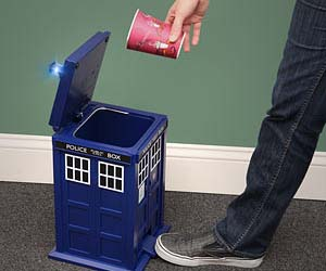 doctor-who-tardis-trash-can