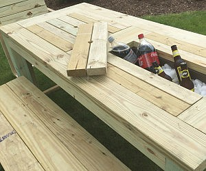 Drink Cooler Picnic Table