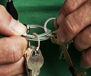 Easy Opening Key Ring