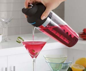 electric-cocktail-mixer-and-pourer