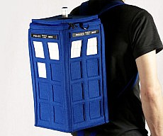 felt-tardis-backpack