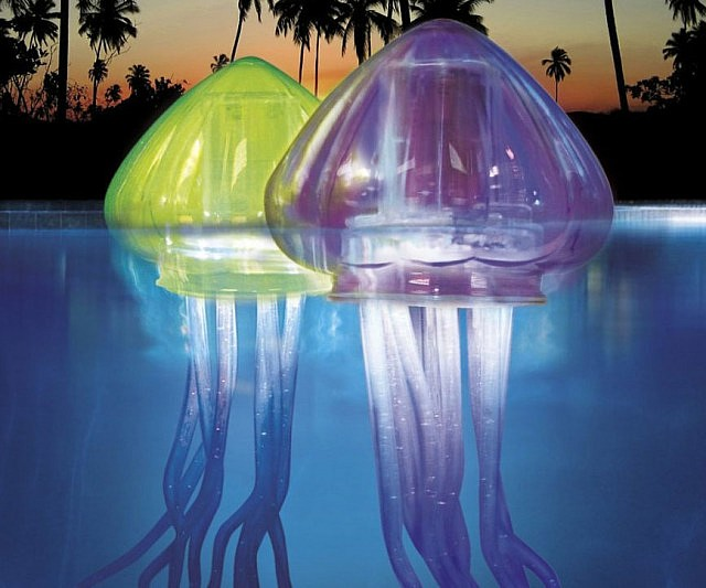 floating-jellyfish-pool-lights