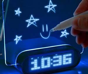 glowing-memo-alarm-clock