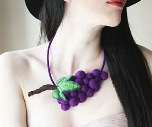 grapes-necklace
