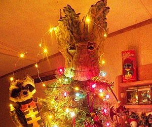groot-tree-topper-ornament
