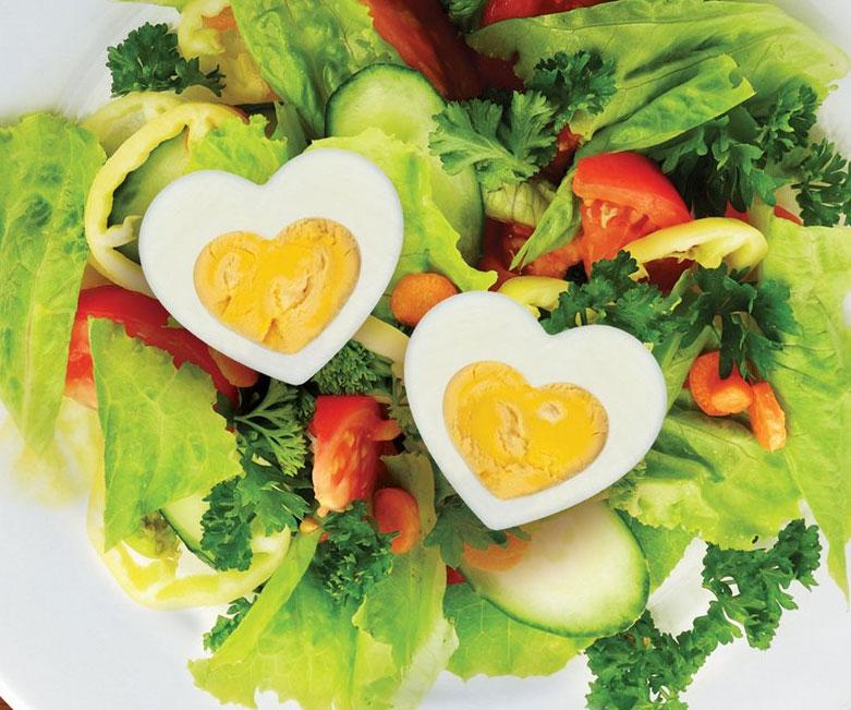 heart-shaped-egg-mold