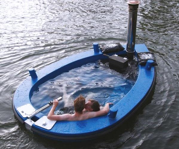 hot-tub-boat