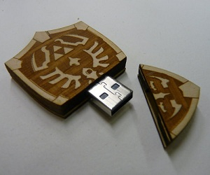 hyrule-shield-usb-thumb-drive
