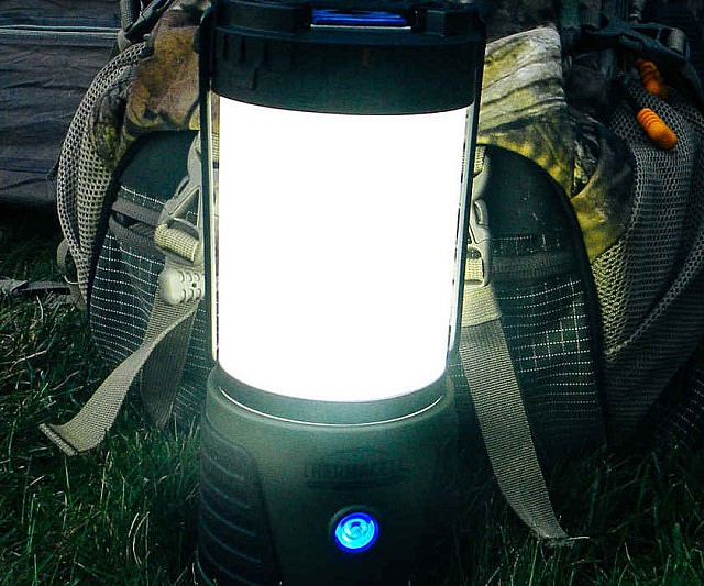 insect-repellant-lantern