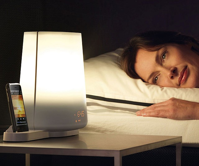 iphone-docking-station-wake-up-light