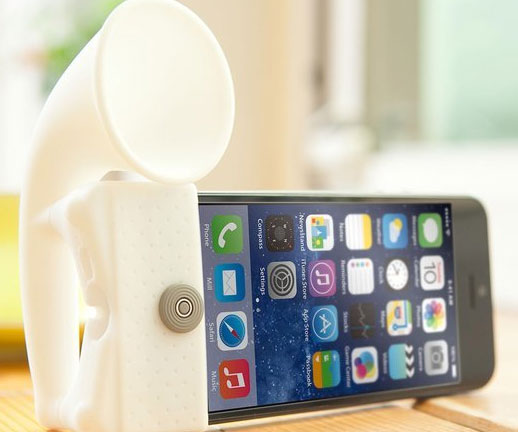 iphone-speaker-stand