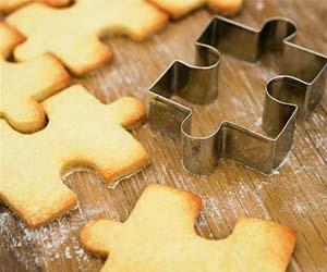 jigsaw-puzzle-cookie-cutter