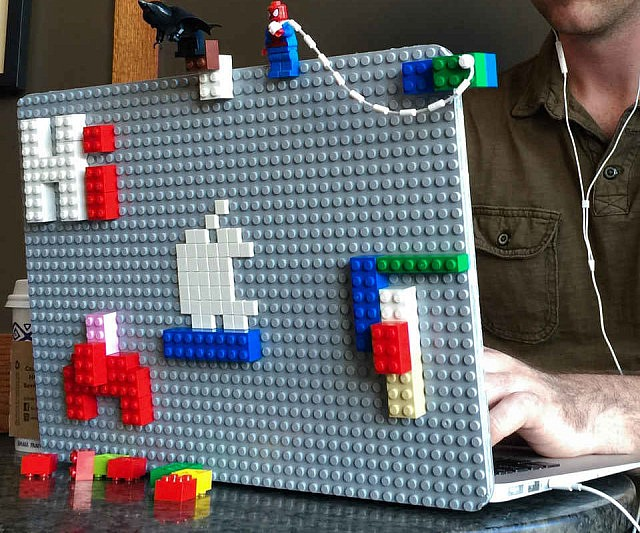 lego-laptop-case