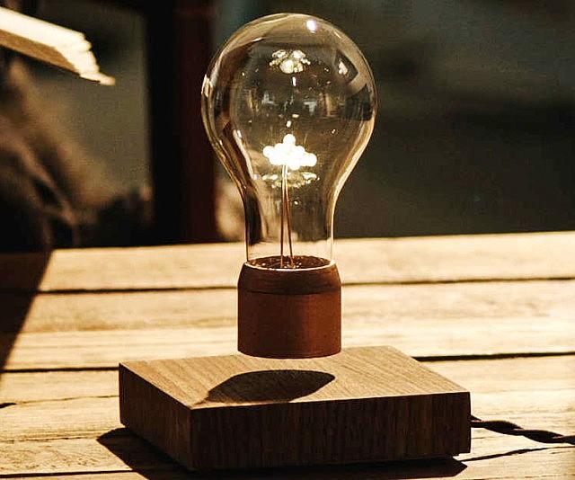 levitating-light-bulb