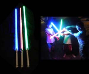 light-up-lightsabers
