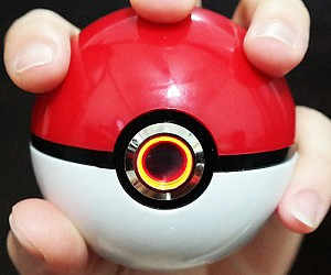 Light Up Pokeball