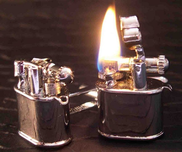 lighter-cufflinks
