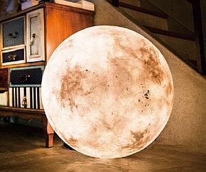 Moon Shaped Lantern