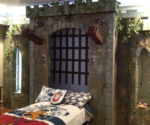 medieval-castle-murphy-bed