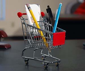 mini-shopping-cart-desk-organizer