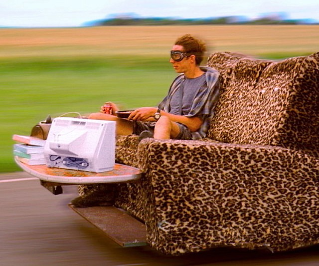 motorized-couch