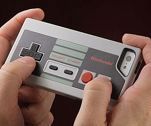 NES Controller iPhone Case