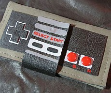 nes-controller-leather-wallet