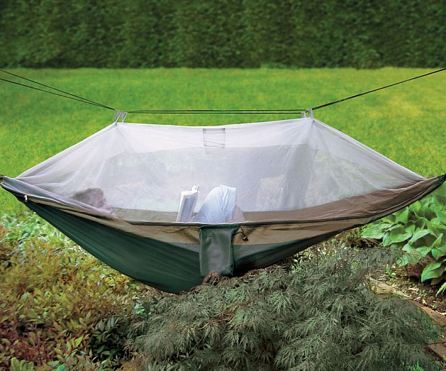 netted-cocoon-hammock