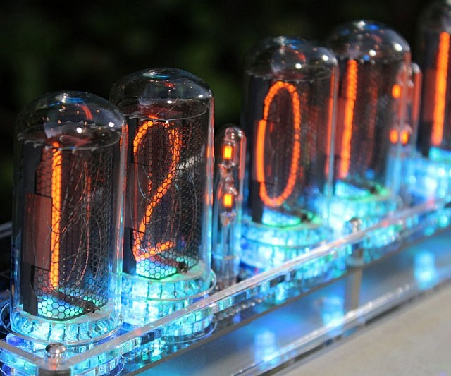 Vacuum Tube Nixie Clock