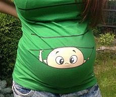Peeking Baby Maternity Shirt
