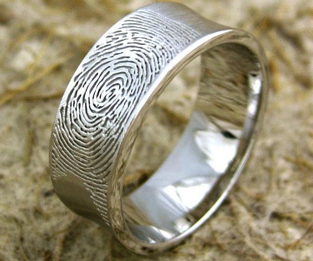 personalized-fingerprint-wedding-band