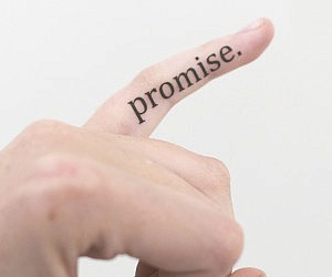 pinky-promise-temporary-tattoo
