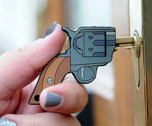 pistol-shaped-key-cover