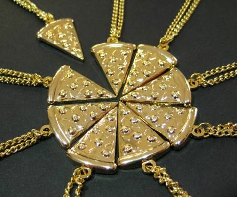 pizza-slice-necklace