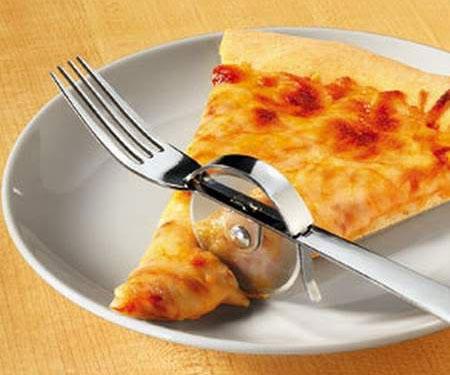 pizza-slicer-fork