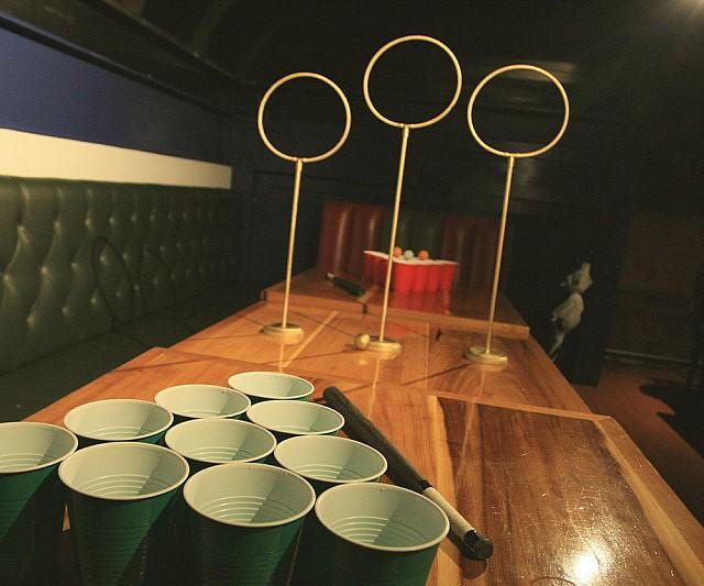 Faire sa bi re maison du beer pong quidditch - Fabriquer une table de beer pong ...