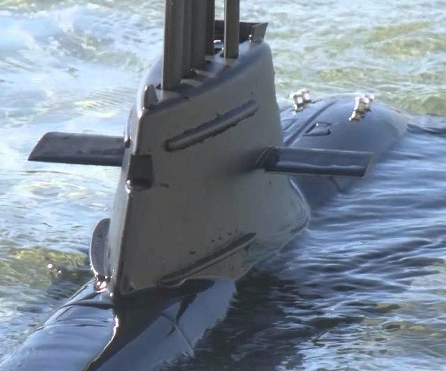radio-control-submarine